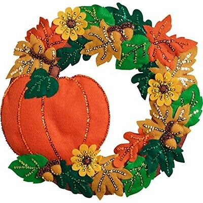 "Bucilla Felt Wreath Applique Kit 16""x15""-fall"