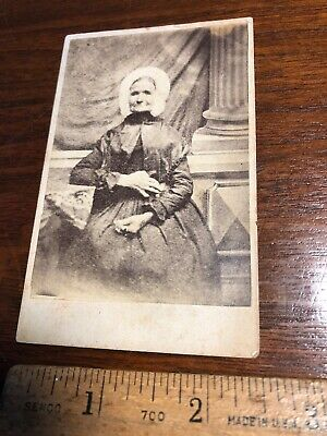 Vintage Original Victorian Photo CDV - Women w/ Hat Died 5/20/1867-75 Years Old