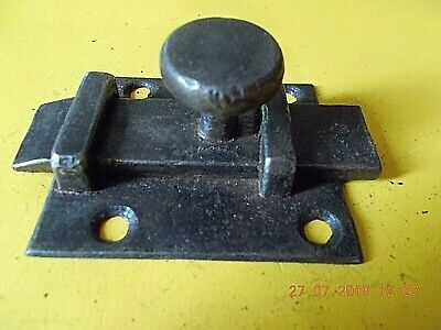 ANTIQUE FRENCH CAST IRON BOLT BASE PLATE MEASURES 7cm x 6 3/4 cm OVERALL 10 1/4