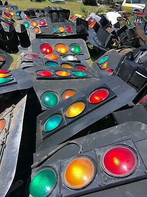 Traffic Light for shed, Man Cave or Collection. Intact traffic light.