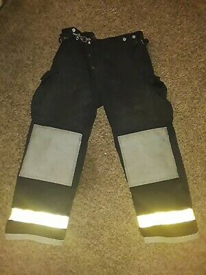 Chieftain Firefighter Apperal Pants Size Large Model 35M Black 2000 Edition