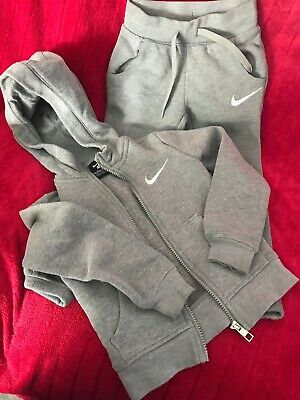 Nike Grey And Pink Tracksuit Age 5 (104-110cm)  hoodie & Bottoms (slim Fit)