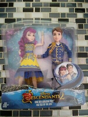 Disney Descendants 2.  Two-Pack  Mal and Ben Dolls