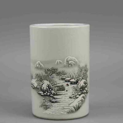 Chinese old hand-carved porcelain white glaze snowscape pattern  brush pot c01