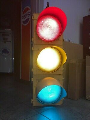 "AUTHENTIC Traffic Signal Light 12"" Lenses Wired LED W/ Hanger MTS MCCAIN BRAND"
