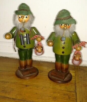 Vintage lot of 2 Steinbach smoker with pipe & binocular wood carving Germany