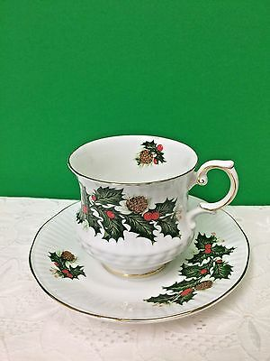 Queens Rosina England Yuletide Pattern Fine Bone China Cup & Saucer New