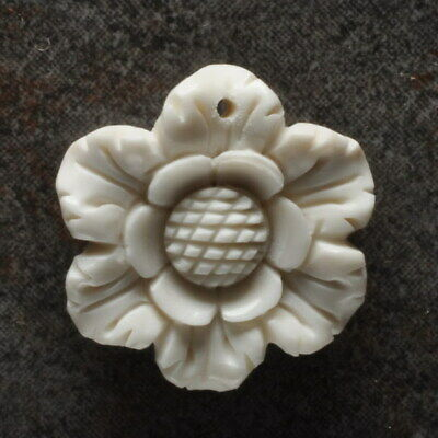 Hand Carved Flower Natural Buffalo Bone 25X23X5Mm Pendant Bead