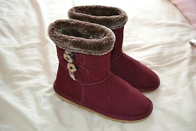 Girls TU Boots in Wine with fur trim Size 4 Worn Once