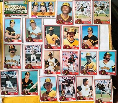 Topps 1981 San Diego Padres 22 card near team set - Rollie Fingers