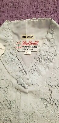 Vintage Daffodil Hand Embroidered Chinese AsianCheongsam Qipao Chipao Blouse XL