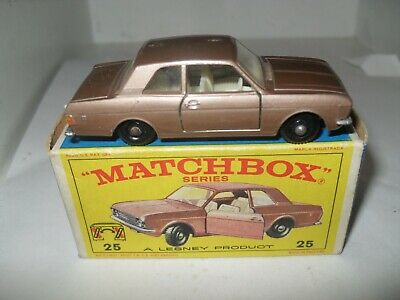 MATCHBOX LESNEY RW 1-75 No 25 FORD CORTINA EXCELLENT IN V GOOD PLUS BOX
