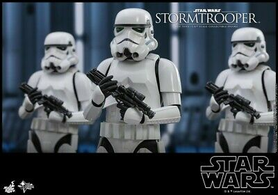Hot Toys Star Wars Figure Classic Stormtrooper 1/6 MMS514 Normal Ver. Action
