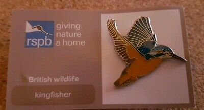RSPB pin badge - kingfisher flying  - giving nature a home