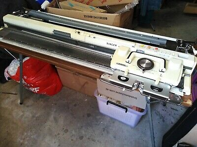 Knitting machine, Singer 360K, Lace carriage & Accessories