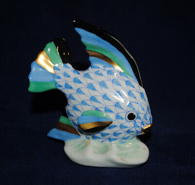 """HEREND Superb Blue Fishnet Angel Fish Figurine with Gold Accents - Mint 2.5"""""""