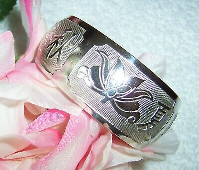 VINTAGE ASIAN ORIENTAL CUFF BRACELET SILVER/ SILVER PLATE Signed in CHINESE