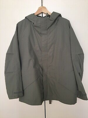 Uniqlo U Collection Moorock Grey Shell Jacket Sz M Preowned Excelent Condition