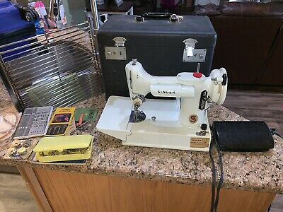 Vintage Singer Sewing Machine 221 221K FeatherWeight Portable White With Case Uk