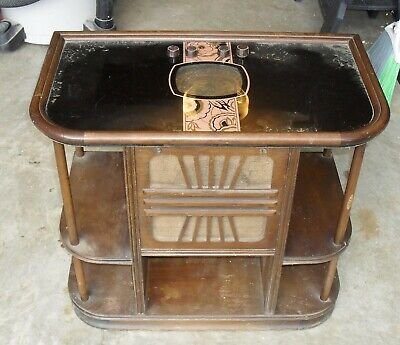 Vintage Sparton Chairside Radio with Model 518 Chassis Tube Radio