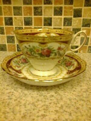 Royal Albert Bone China Lady Hamilton Cup & Saucer Pink Rose Bouquet Fluted Edge