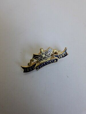 Enamelled Queen Victoria Jubilee Brooch/Pin 1837-1897. Gold coloured with Crown