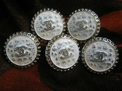 CHANEL  💛 BUTTONS lot of 5  WHITE silver  20 mm , UNDER 1 inch  metal