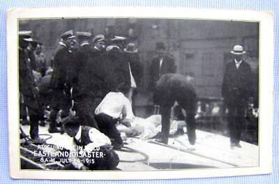 1915 PC (postcard) SS EASTLAND sinks Chicago 844 drown: BODY RECOVERY   (A-32)