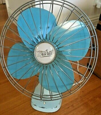 Vintage MISTRAL Light Blue RETRO OSCILLATING ELECTRIC FAN in GREAT WORKING ORDER