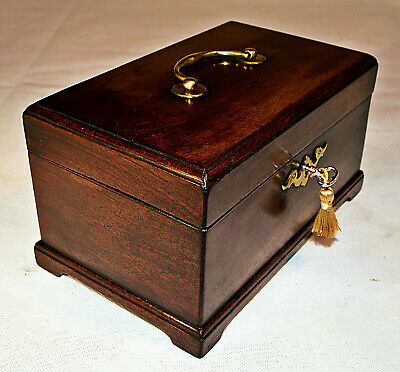 George III Chippendale style Tea Caddy with Key, circa 1760