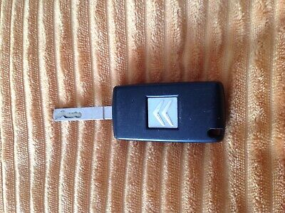 Citroen 2 BUTTON REMOTE flip CAR KEY FOB