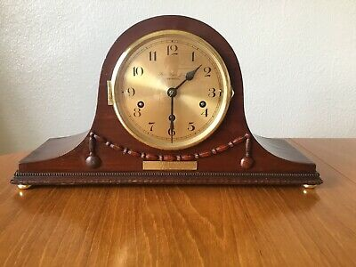 Antique mahogany cased Westminster chiming mantle clock - fully working