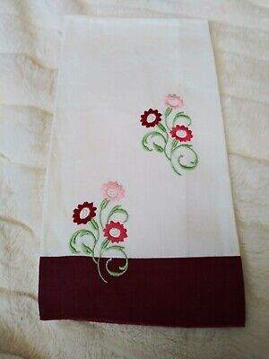 """Gorgeous Machine Embroidered Linen Hand Towel 20"""" by 14 1/2"""""""