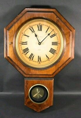 VINTAGE Verichron Wood Pendulum Battery Hanging Wall Clock