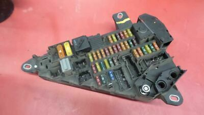 Relay Fuse Box Trunk Mounted 61146906588 Fits 04-05 BMW 525i 177566