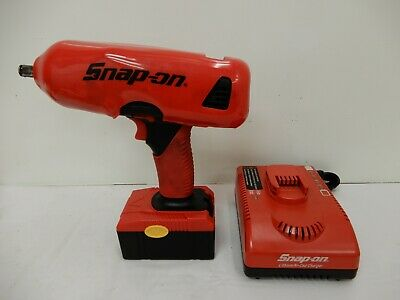 SNAP-ON 18V~ CORDLESS~ Impact~ CT4850HO~ W/Battery and ~Charger