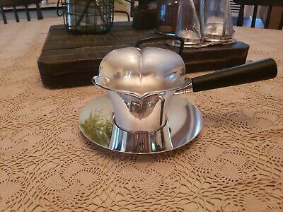 """Vintage F.B. Rogers Silver Co 1883 Silver Plated Gravy Server 'BOAT"""" #856"""