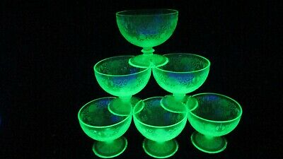 Vintage Set of 6 Green Depression Glass Sherbet Cups Bowls with Floral Pattern