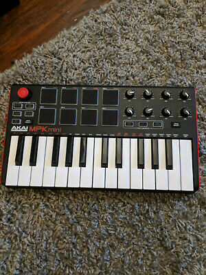Akai Professional MPK Mini MKII 25-Key USB MIDI Keyboard & Drum Pad Control Used