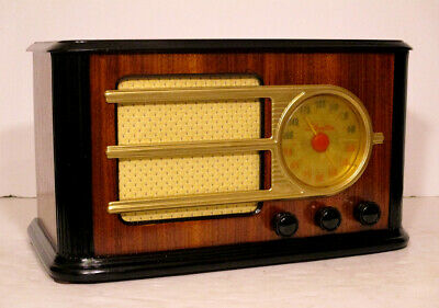 Old Antique Wood Silvertone Vintage Tube Radio - Restored Working Deco Table Top