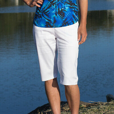BNWT, Ladies Golf Shorts in White, FREE SHIPPING!