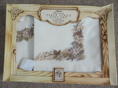 M&S - Harvest Table Linen Gift Set - Tablecloth & 6 Napkins - Country Kitchen