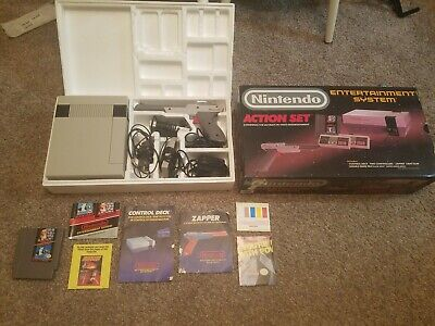 Nintendo Entertainment System Action Set NES Complete in Box CIB Console!!