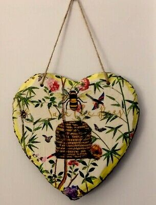 Slate Hanging Decoupaged Heart//Bee//kitchen//plaque//wallhanging