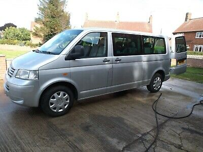 volkswagon T5 2.5 2005 TDI 6 speed mini van Shuttle bus 9 seat . Long MOT