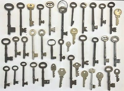 Collection Of 39 Various Antique And Other Keys For Furniture Etc