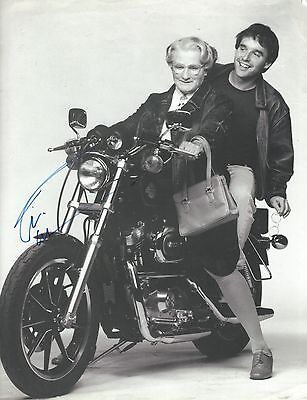 Robin Williams signed Mrs Doubfire Magazine Page - Good Will Hunting