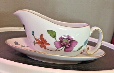 Royal Winchester Asterly Fine Porcelain Gravy Boat And Saucer Vintage England