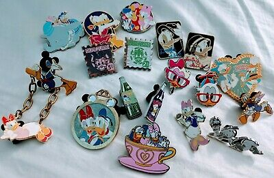 Disney pin lot Featuring Daisy And Donald Duck