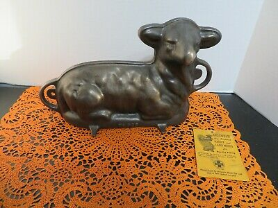 VINTAGE CAST IRON GRISWOLD 2 PIECE LAMB CAKE MOLD NO. 866 IN Excellent Condition